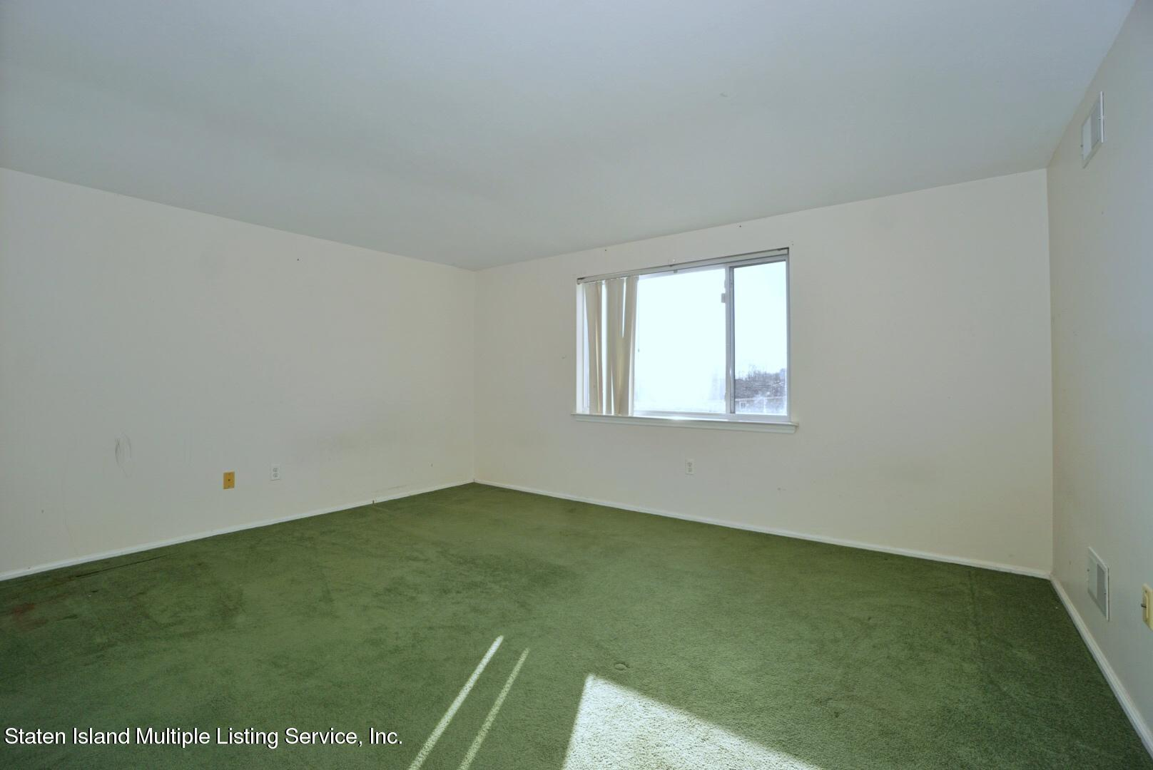 Two Family - Semi-Attached 73 Seguine Loop  Staten Island, NY 10309, MLS-1142582-21