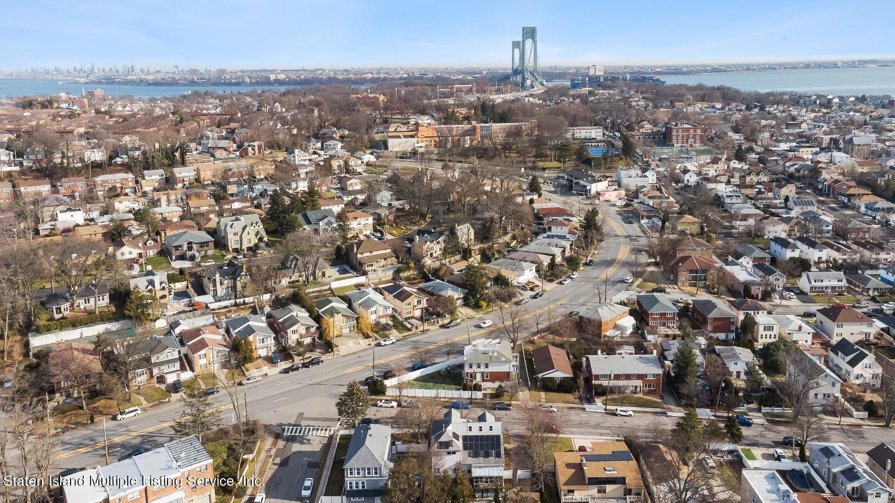 Single Family - Detached 8 Bionia Avenue  Staten Island, NY 10305, MLS-1142818-30
