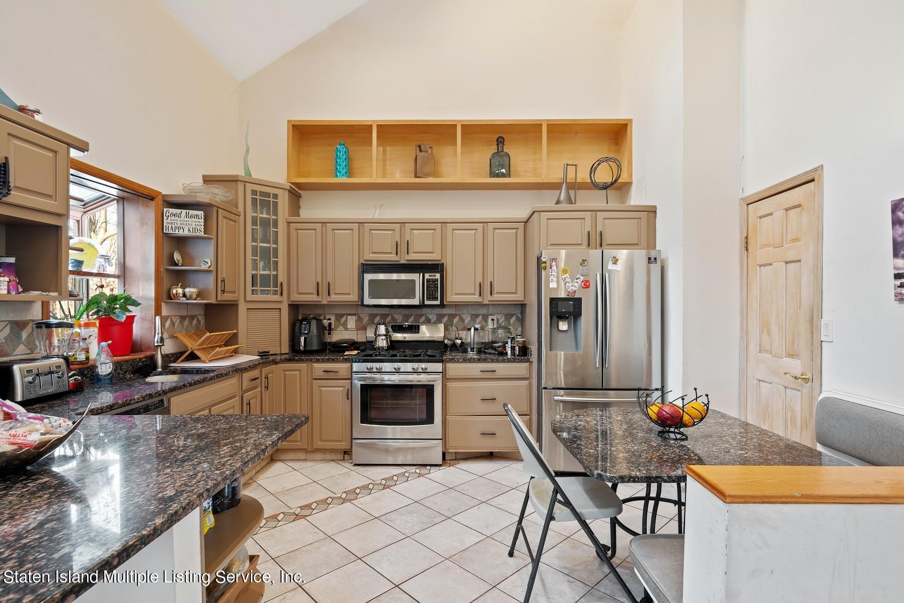 Single Family - Detached 8 Bionia Avenue  Staten Island, NY 10305, MLS-1142818-9