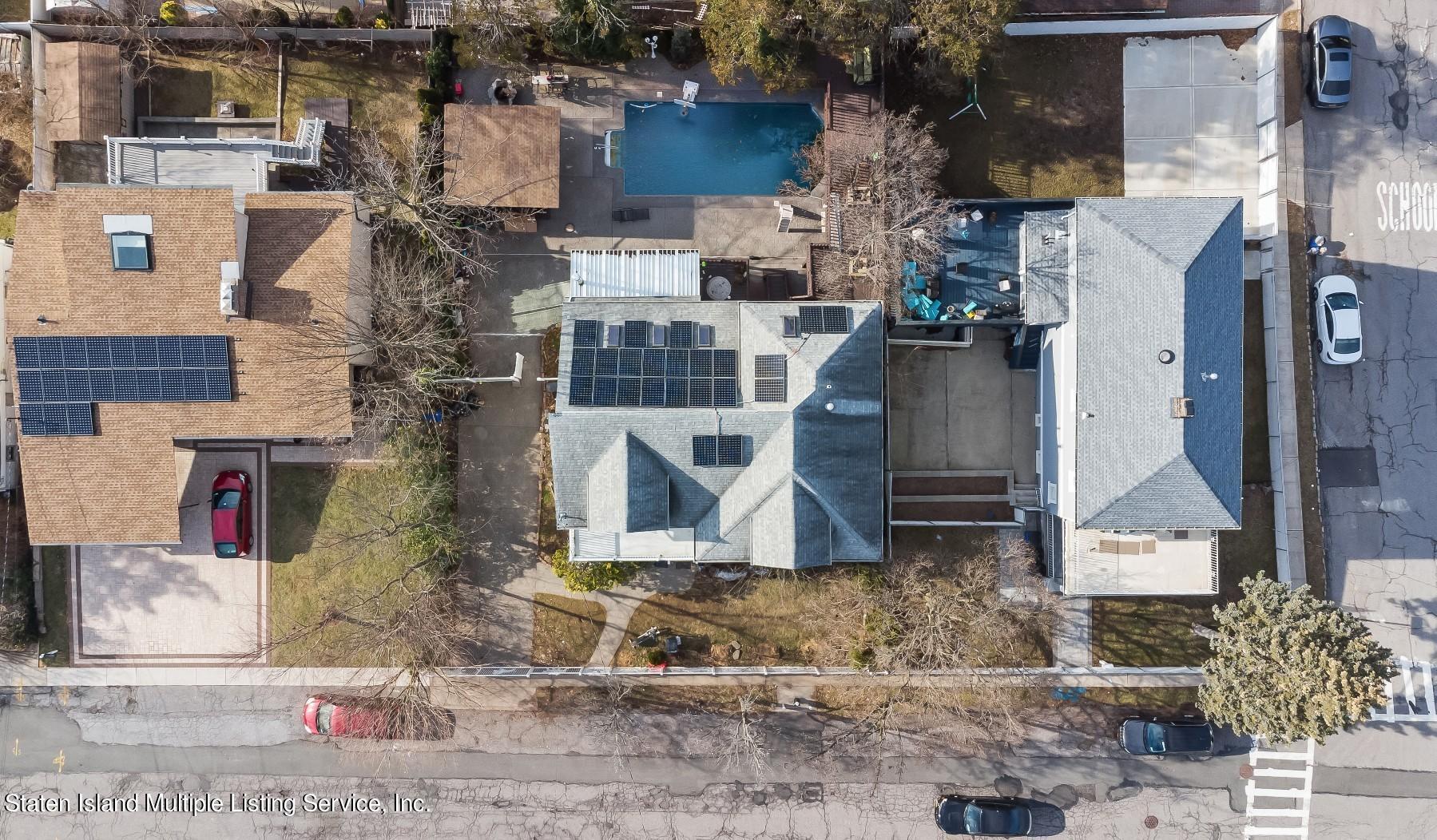 Single Family - Detached 8 Bionia Avenue  Staten Island, NY 10305, MLS-1142818-25