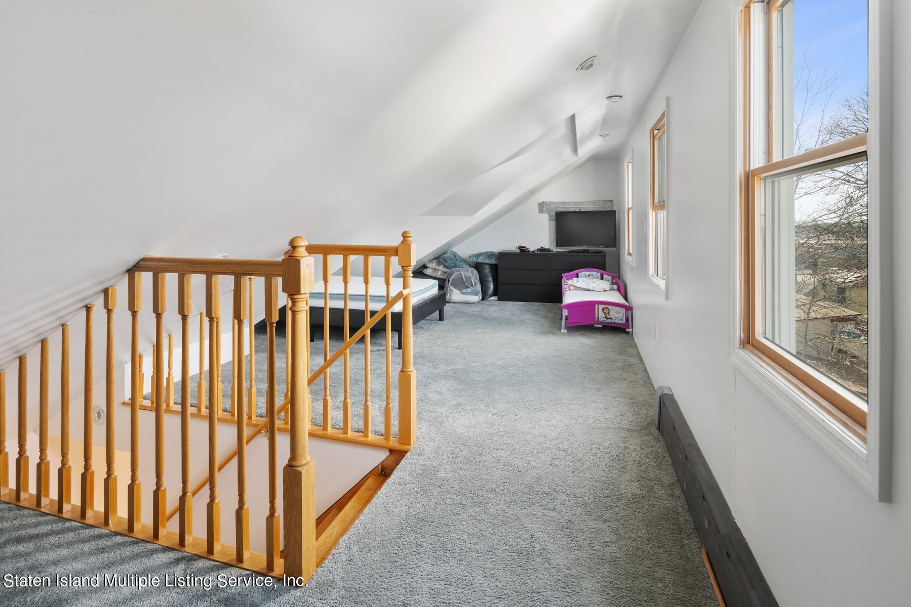 Single Family - Detached 8 Bionia Avenue  Staten Island, NY 10305, MLS-1142818-15