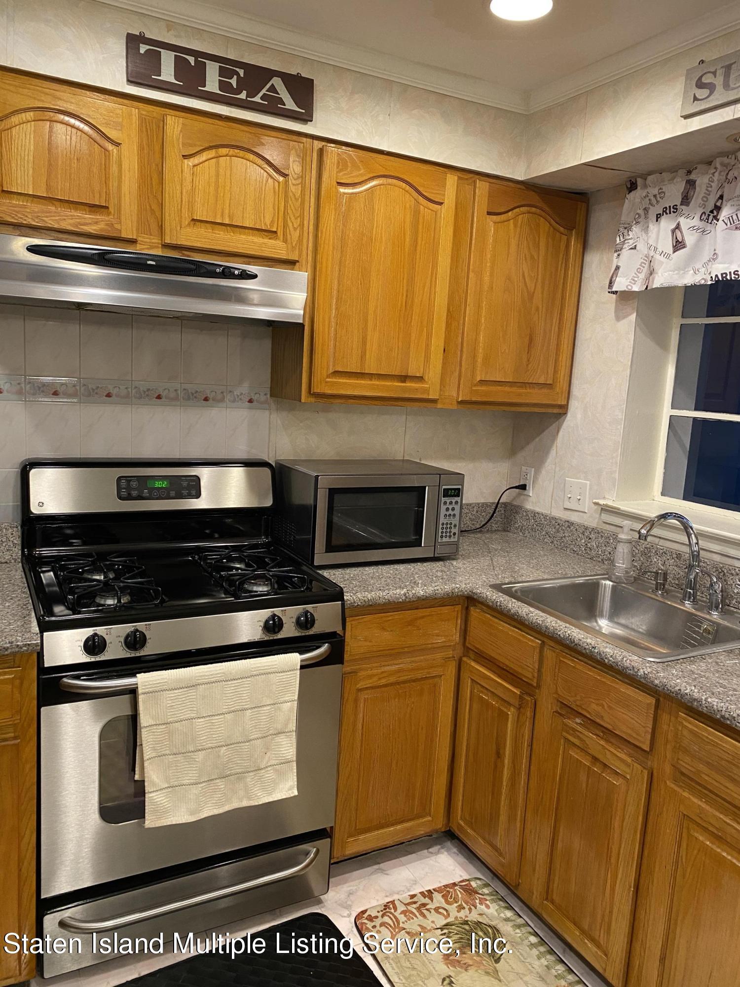 Single Family - Attached 2077 Shore Parkway  Brooklyn, NY 11214, MLS-1142185-4