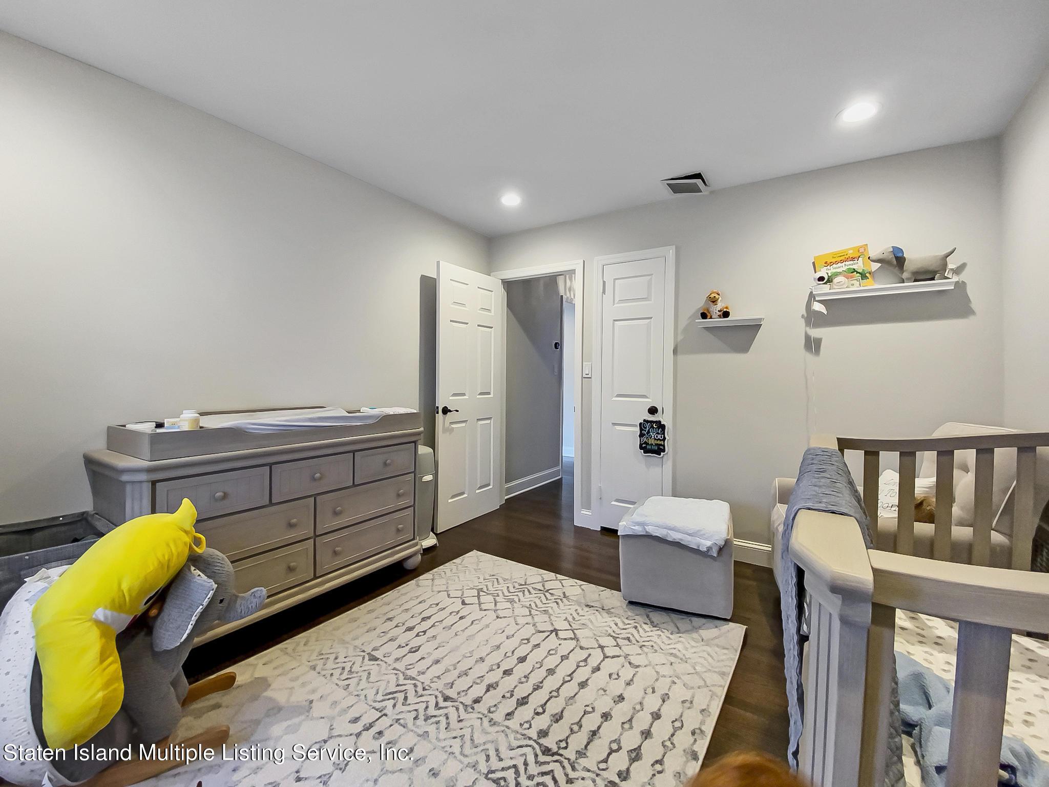 Single Family - Detached 543 Wainwright Avenue  Staten Island, NY 10312, MLS-1143141-6