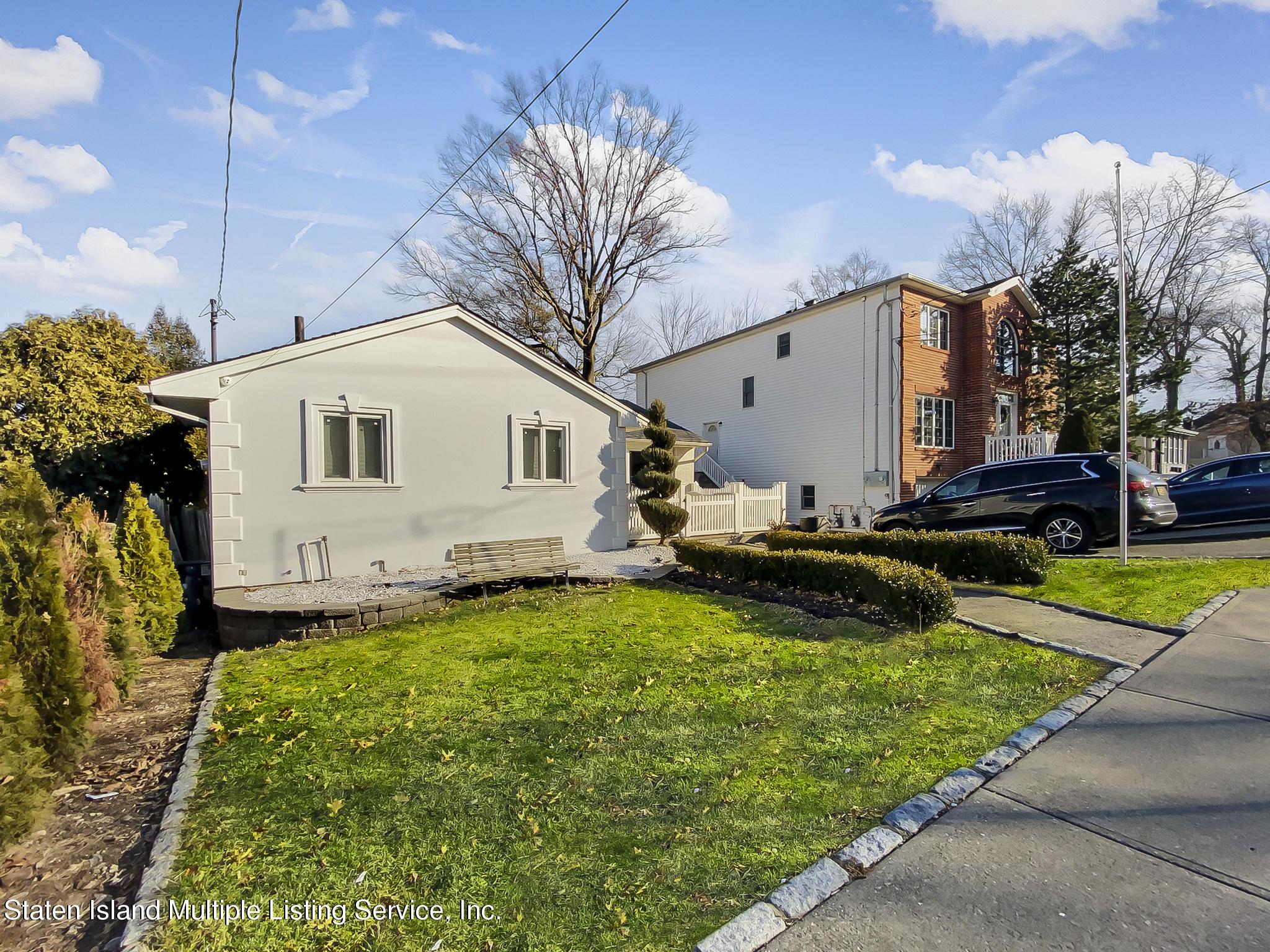 Single Family - Detached 543 Wainwright Avenue  Staten Island, NY 10312, MLS-1143141-3