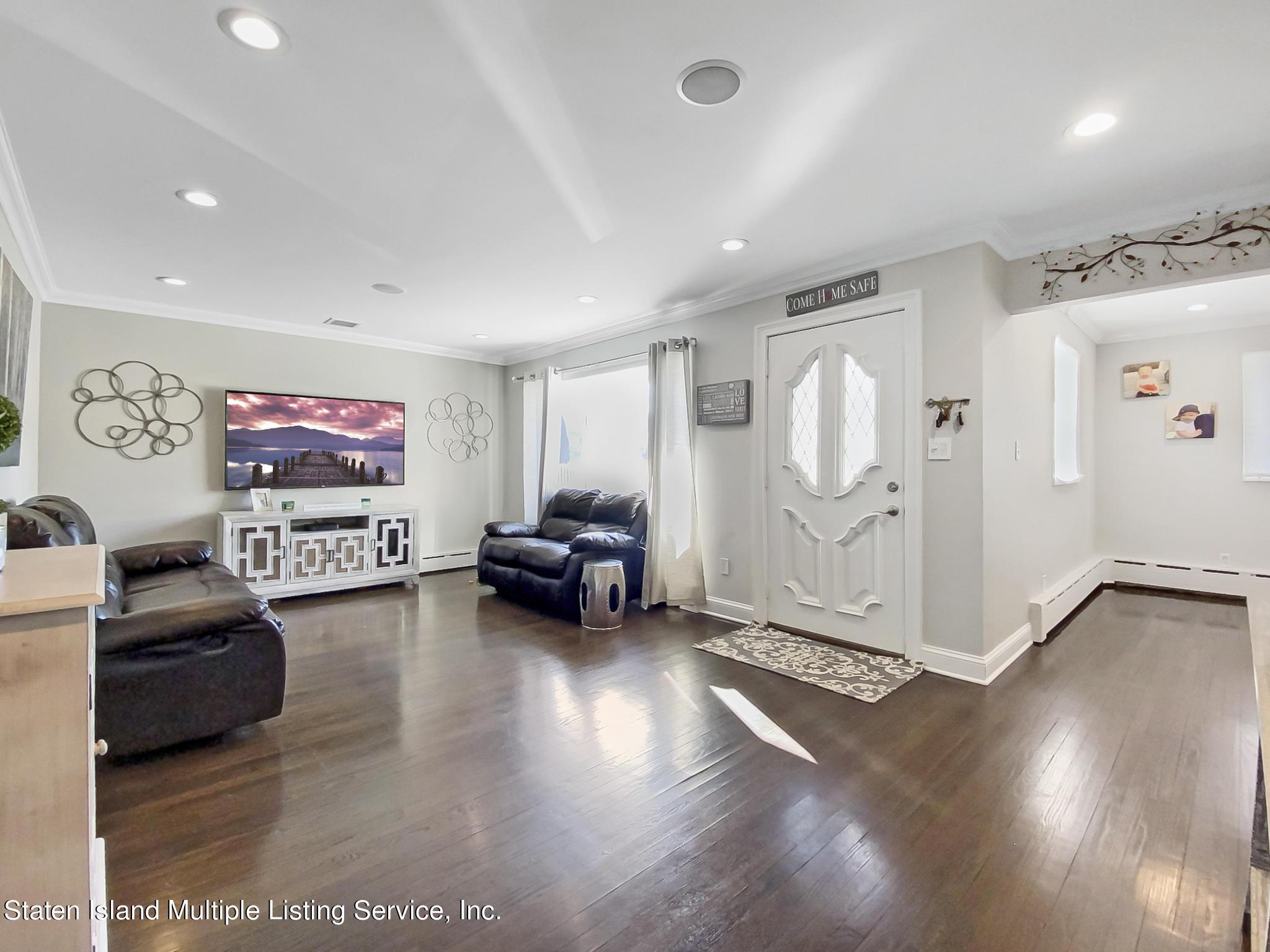Single Family - Detached 543 Wainwright Avenue  Staten Island, NY 10312, MLS-1143141-11