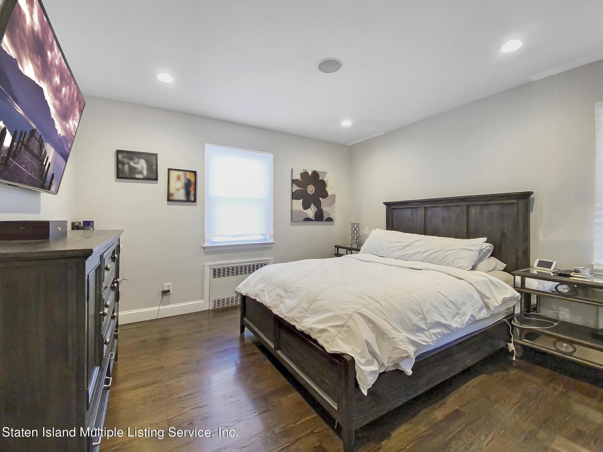Single Family - Detached 543 Wainwright Avenue  Staten Island, NY 10312, MLS-1143141-15
