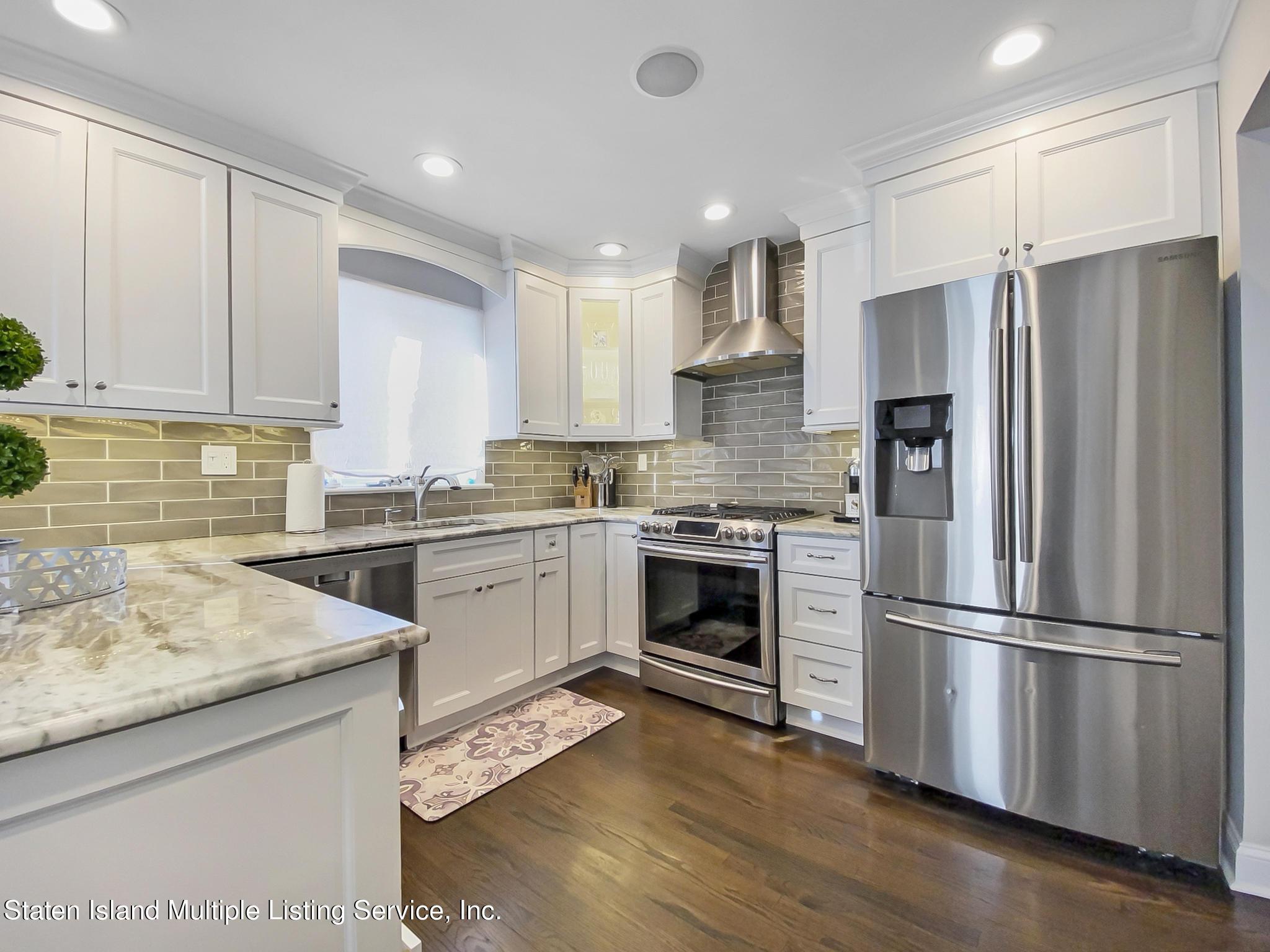 Single Family - Detached 543 Wainwright Avenue  Staten Island, NY 10312, MLS-1143141-18