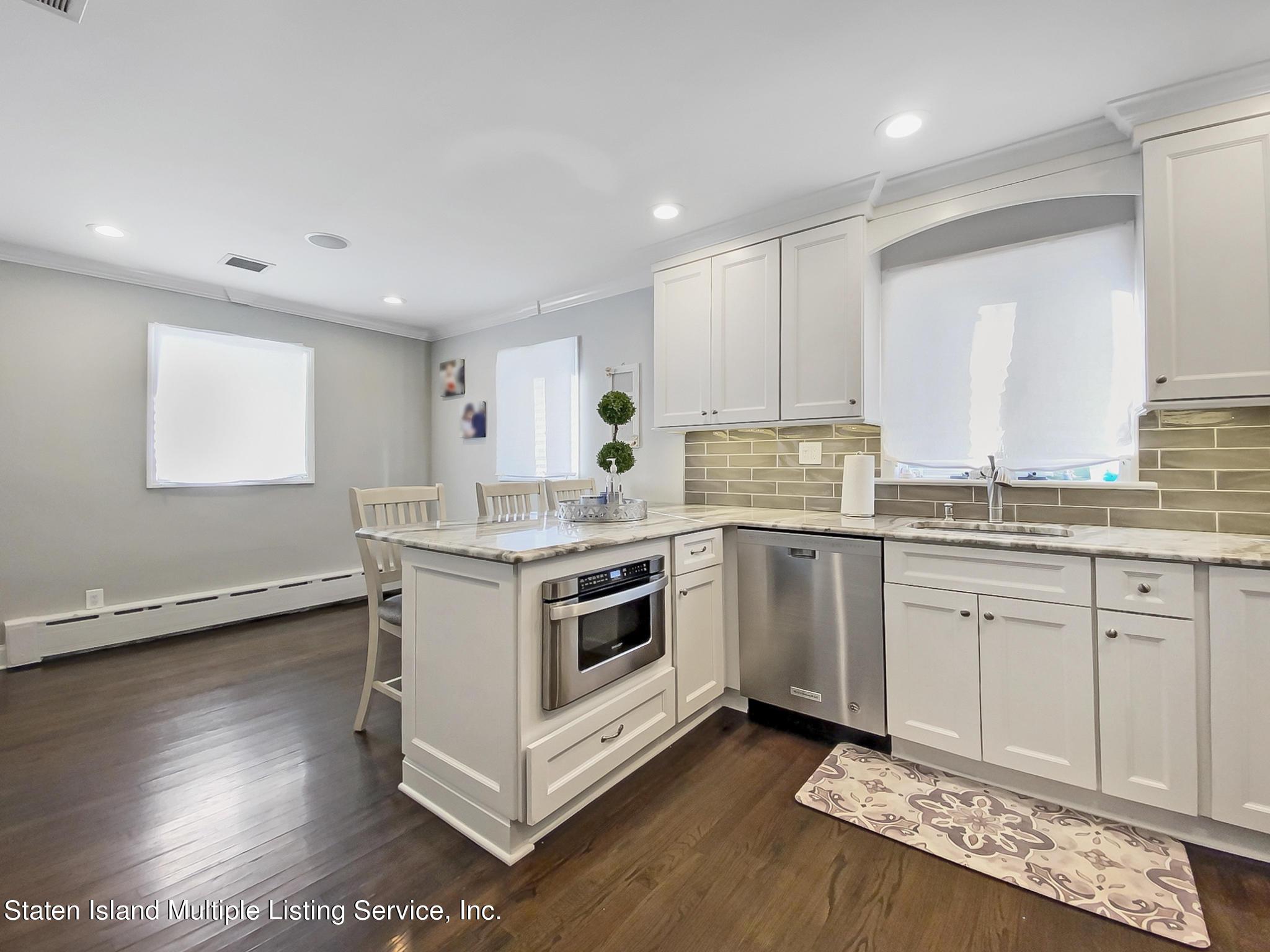 Single Family - Detached 543 Wainwright Avenue  Staten Island, NY 10312, MLS-1143141-19