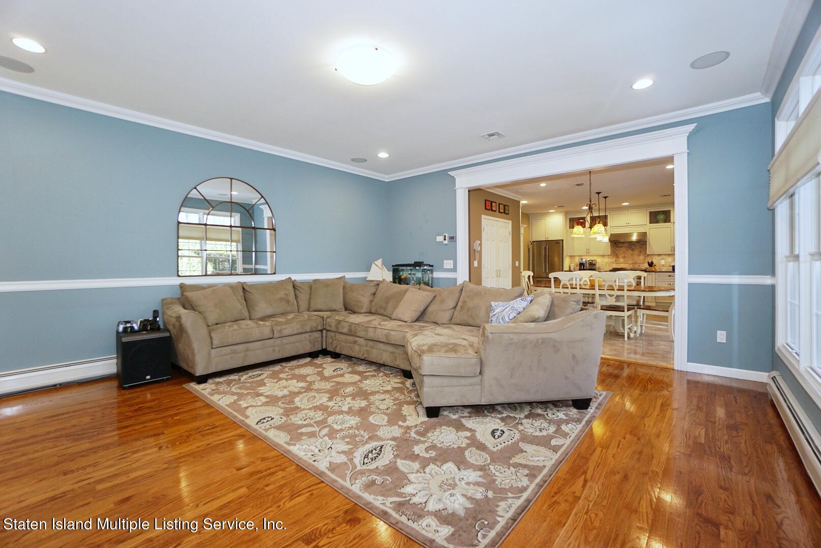 Single Family - Detached 31 Belwood Loop  Staten Island, NY 10307, MLS-1143133-18