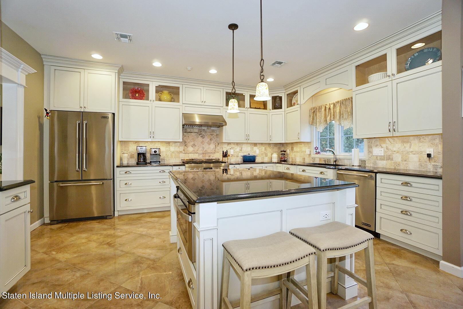 Single Family - Detached 31 Belwood Loop  Staten Island, NY 10307, MLS-1143133-21