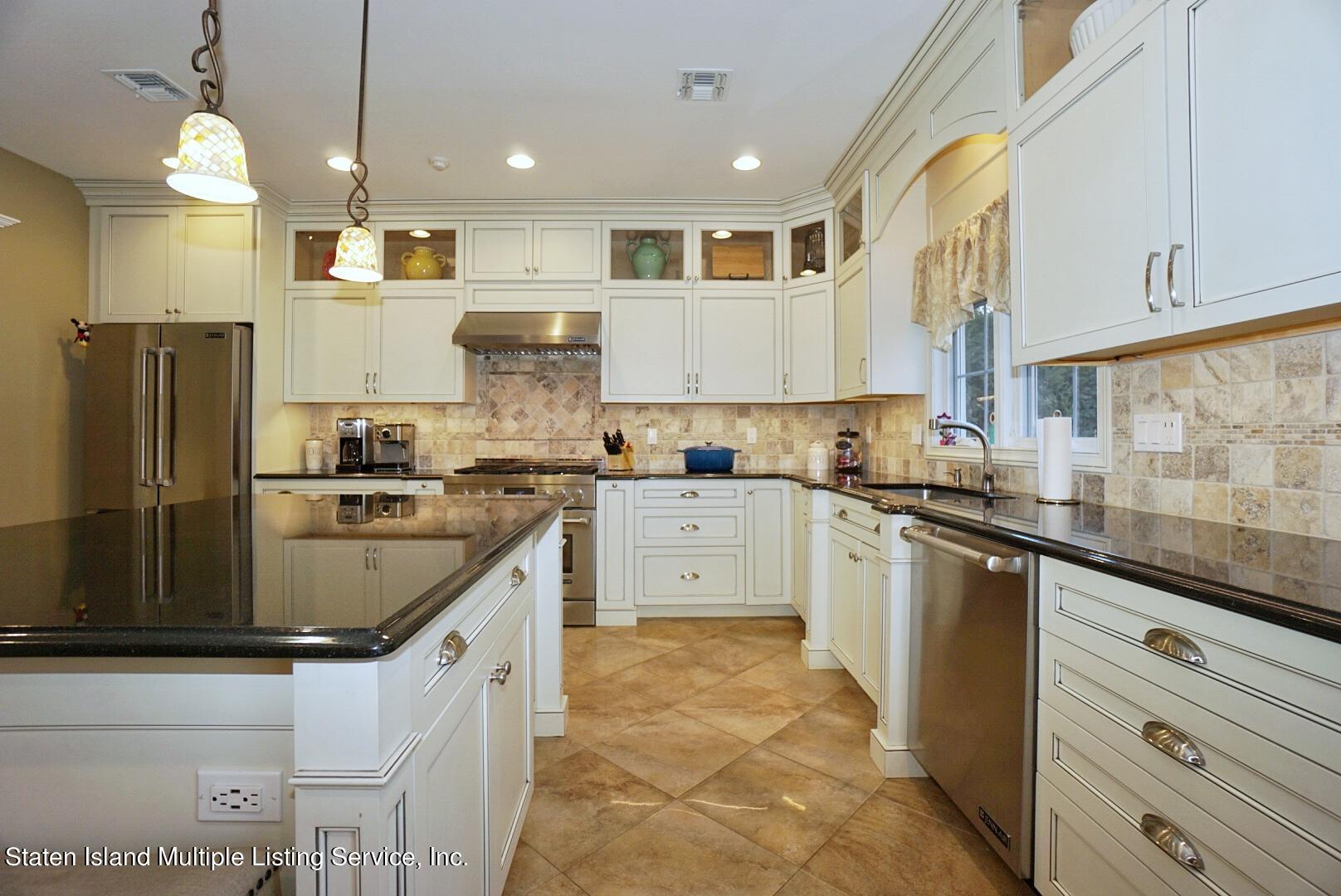 Single Family - Detached 31 Belwood Loop  Staten Island, NY 10307, MLS-1143133-24