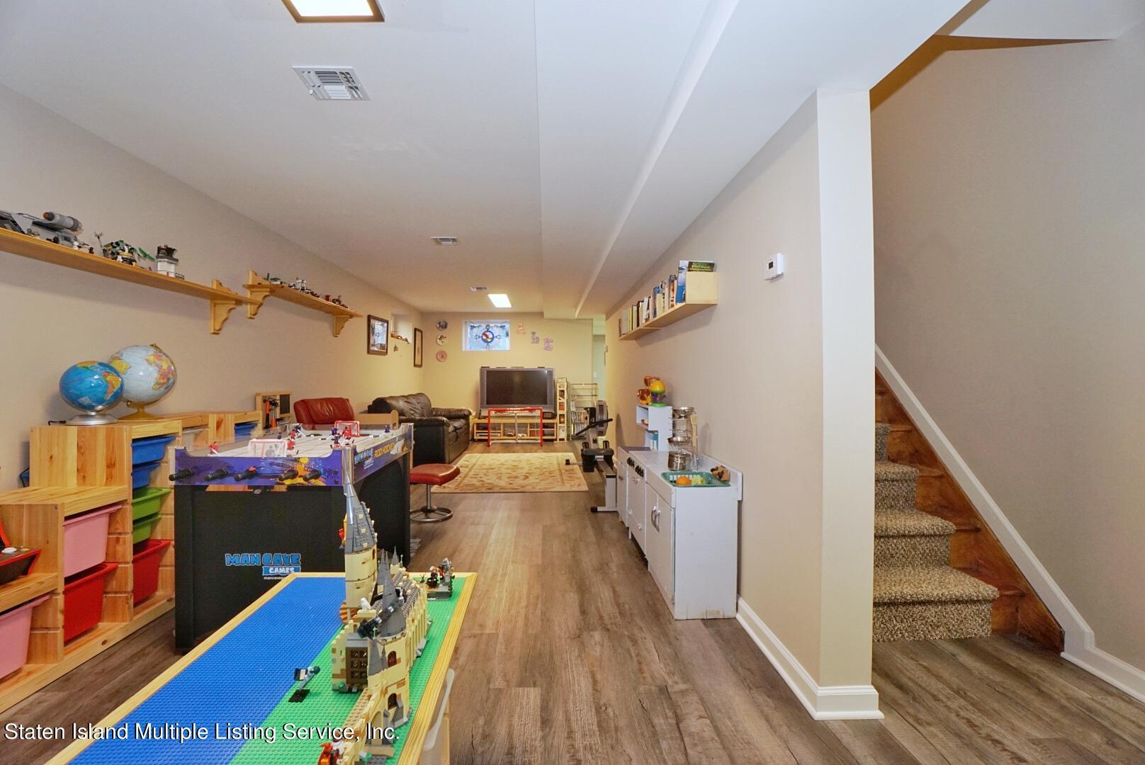 Single Family - Detached 31 Belwood Loop  Staten Island, NY 10307, MLS-1143133-50