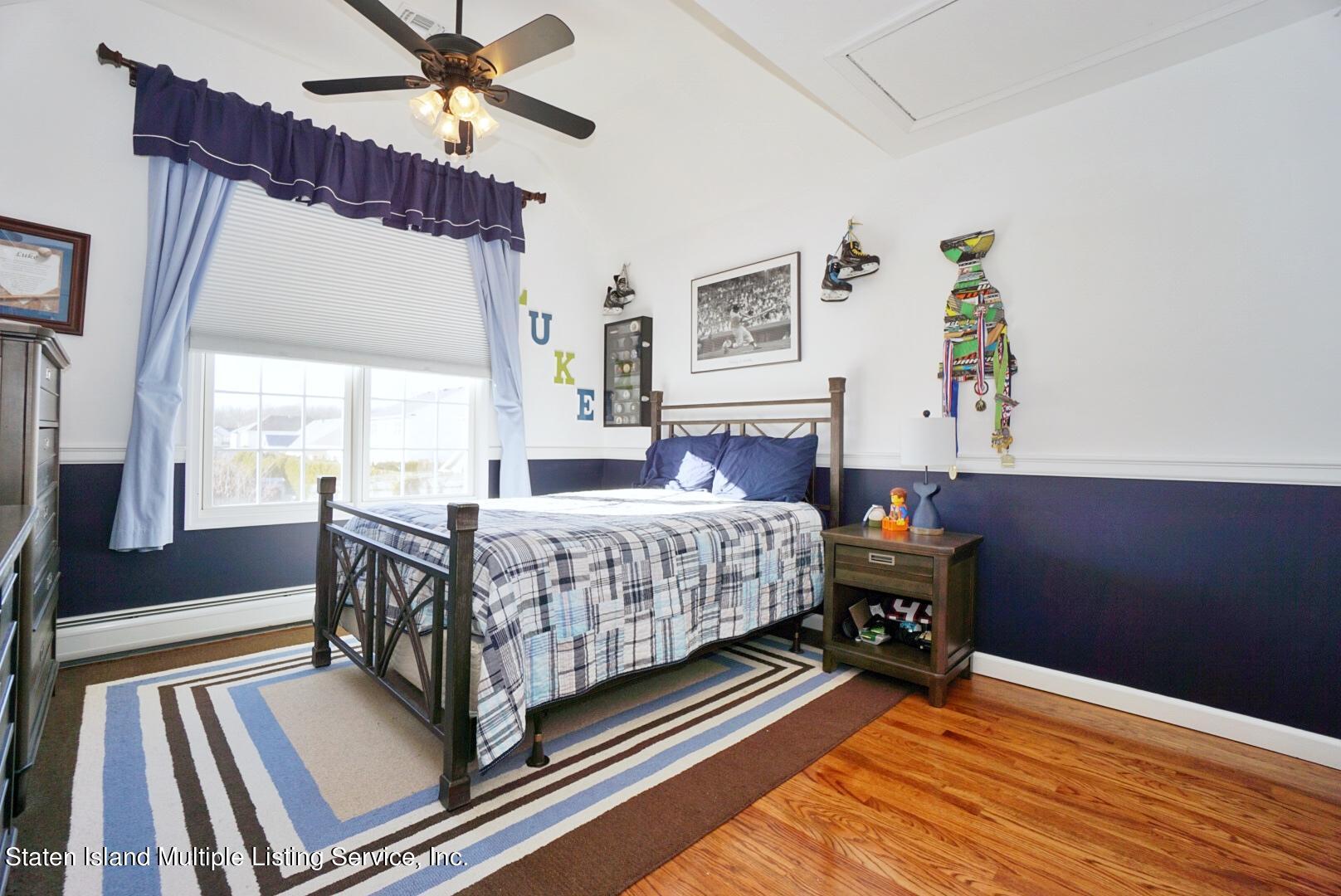 Single Family - Detached 31 Belwood Loop  Staten Island, NY 10307, MLS-1143133-38
