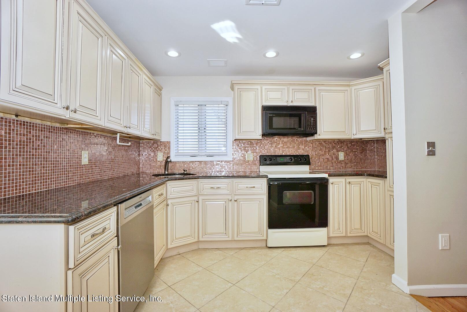 Single Family - Detached 97 Knox Place  Staten Island, NY 10314, MLS-1143147-6
