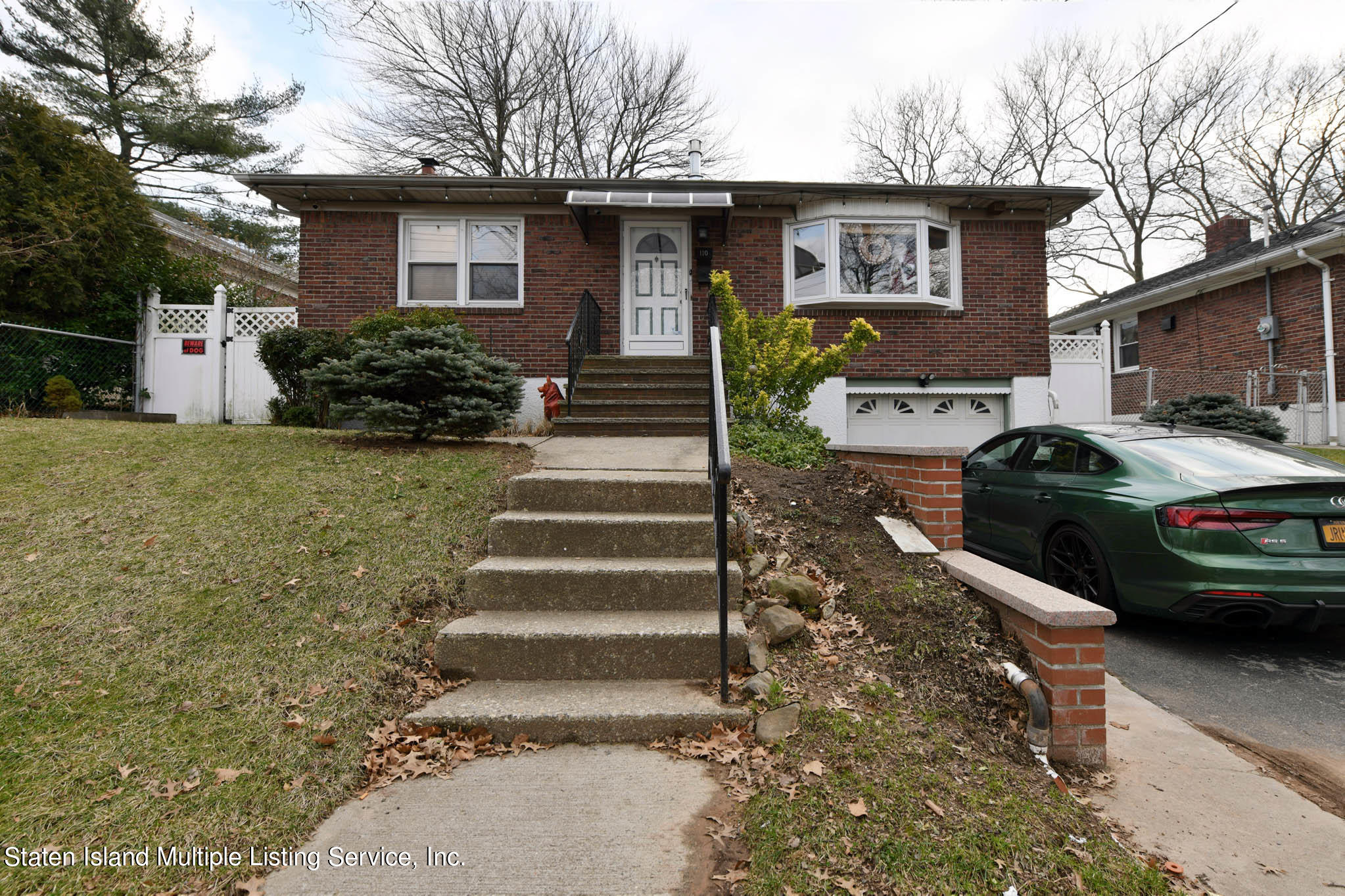 Single Family - Detached in Westerleigh - 110 Ravenhurst Avenue  Staten Island, NY 10310