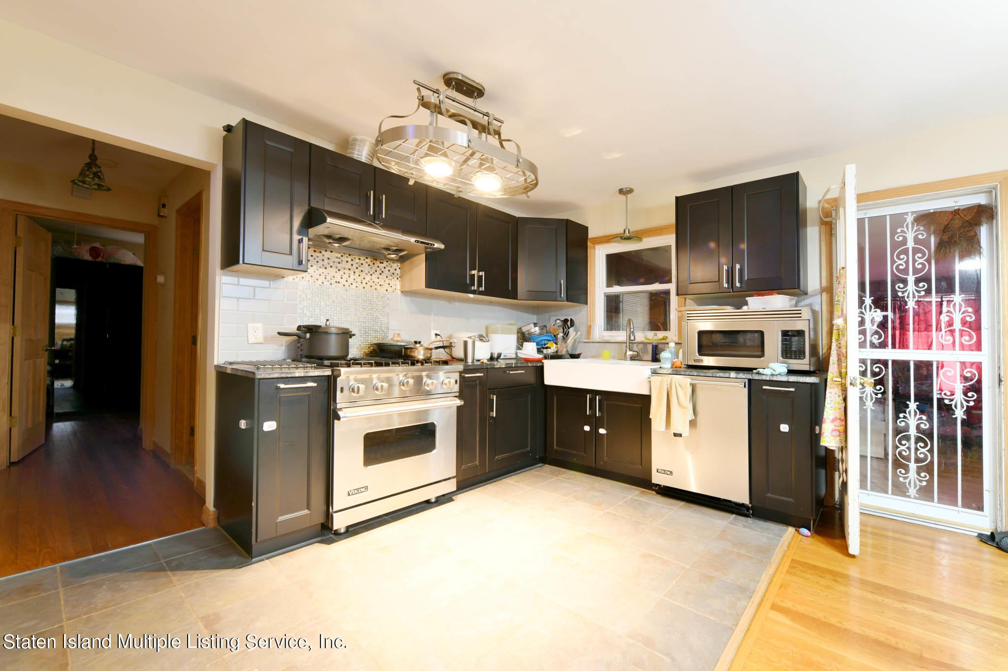 Single Family - Detached 110 Ravenhurst Avenue  Staten Island, NY 10310, MLS-1143189-4