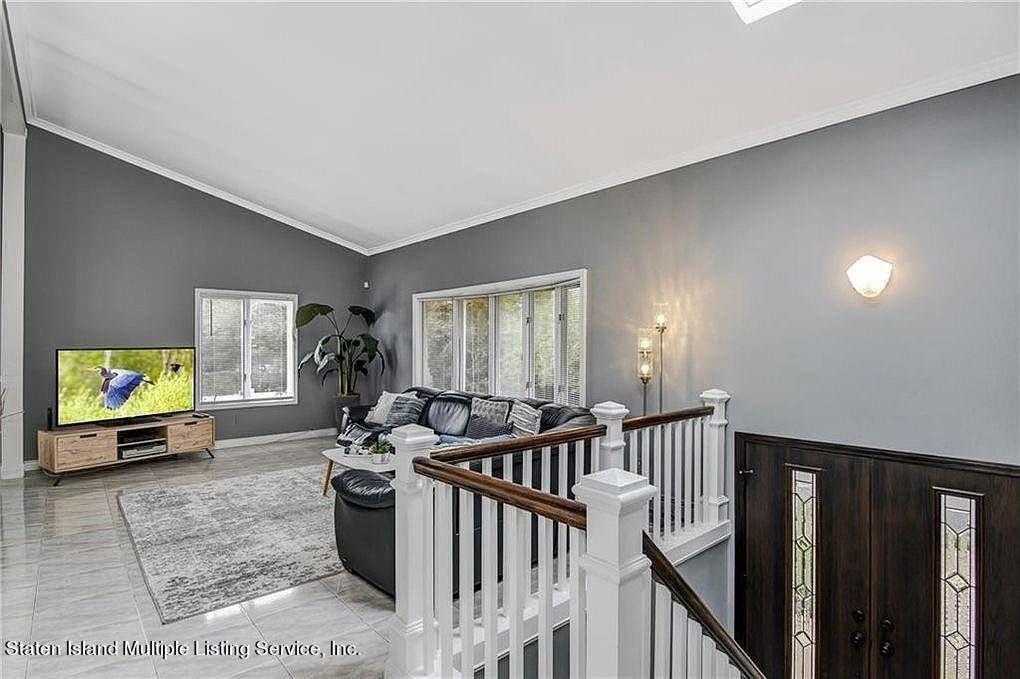 Single Family - Detached 38 Tyndale Street  Staten Island, NY 10312, MLS-1143188-15