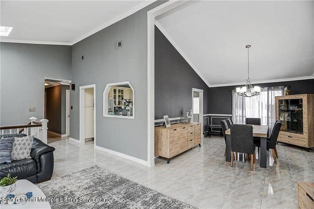 Single Family - Detached 38 Tyndale Street  Staten Island, NY 10312, MLS-1143188-3