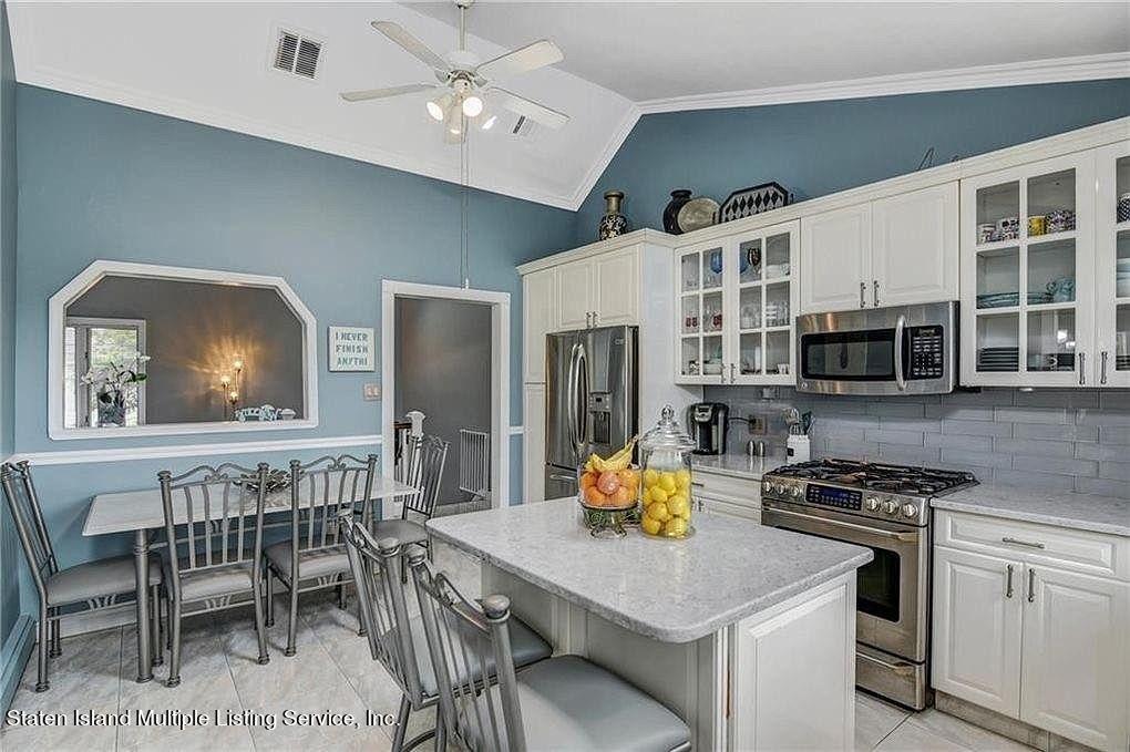 Single Family - Detached 38 Tyndale Street  Staten Island, NY 10312, MLS-1143188-9