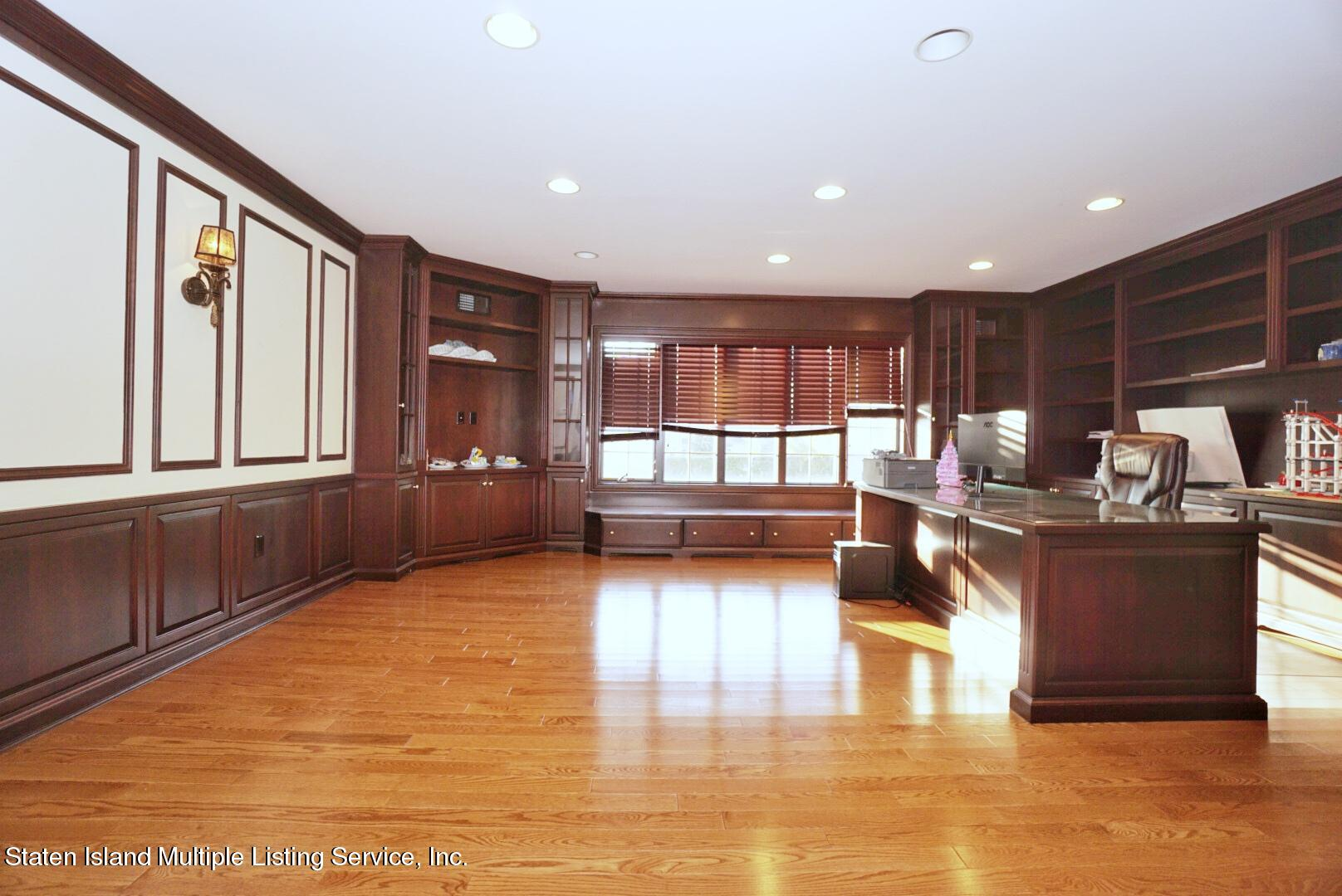 Single Family - Detached 15 Chipperfield Court   Staten Island, NY 10304, MLS-1143369-16