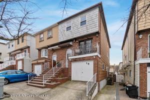 14 Myrna Lane, Staten Island, NY 10312