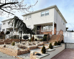 571 Darlington Avenue, Staten Island, NY 10309