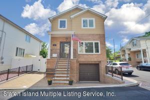 44 Comfort Court, Staten Island, NY 10312