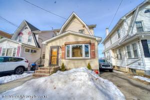 15 Dana Street, Staten Island, NY 10301