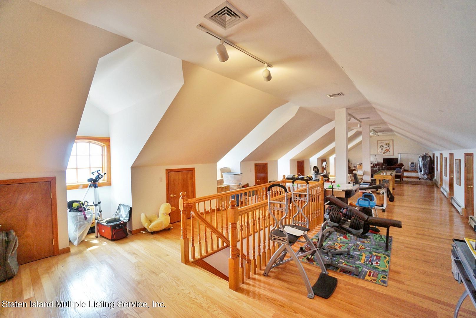 Single Family - Detached 129 Coverly Avenue   Staten Island, NY 10301, MLS-1144490-44