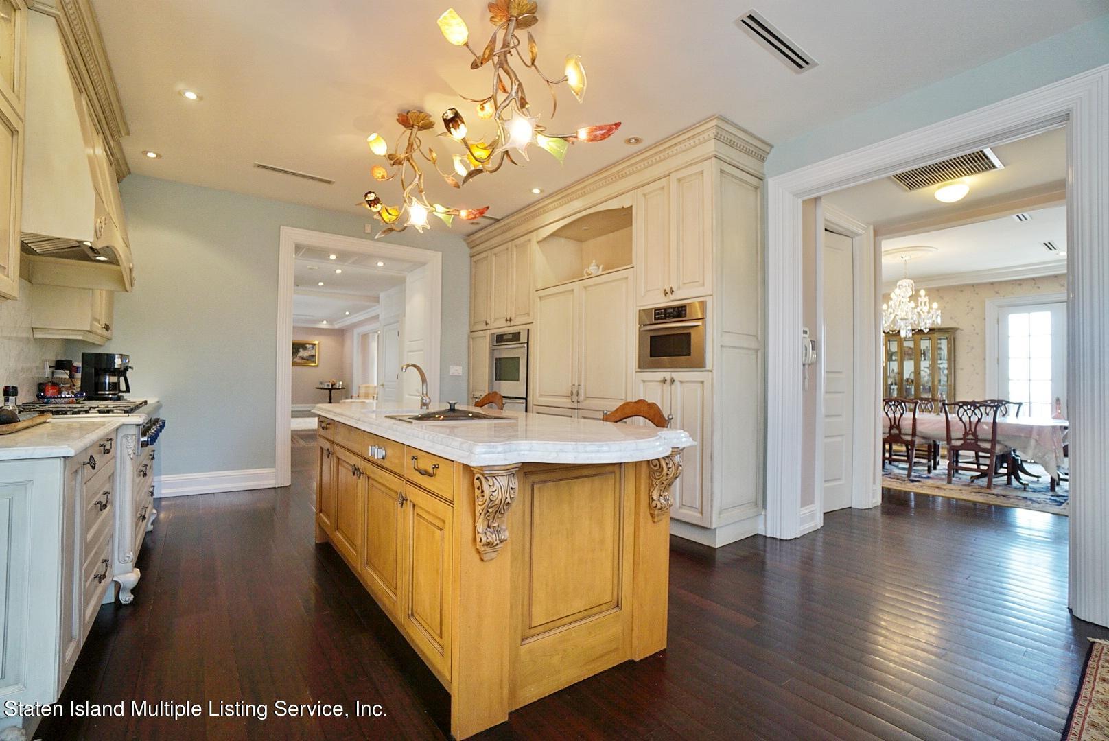 Single Family - Detached 129 Coverly Avenue   Staten Island, NY 10301, MLS-1144490-24