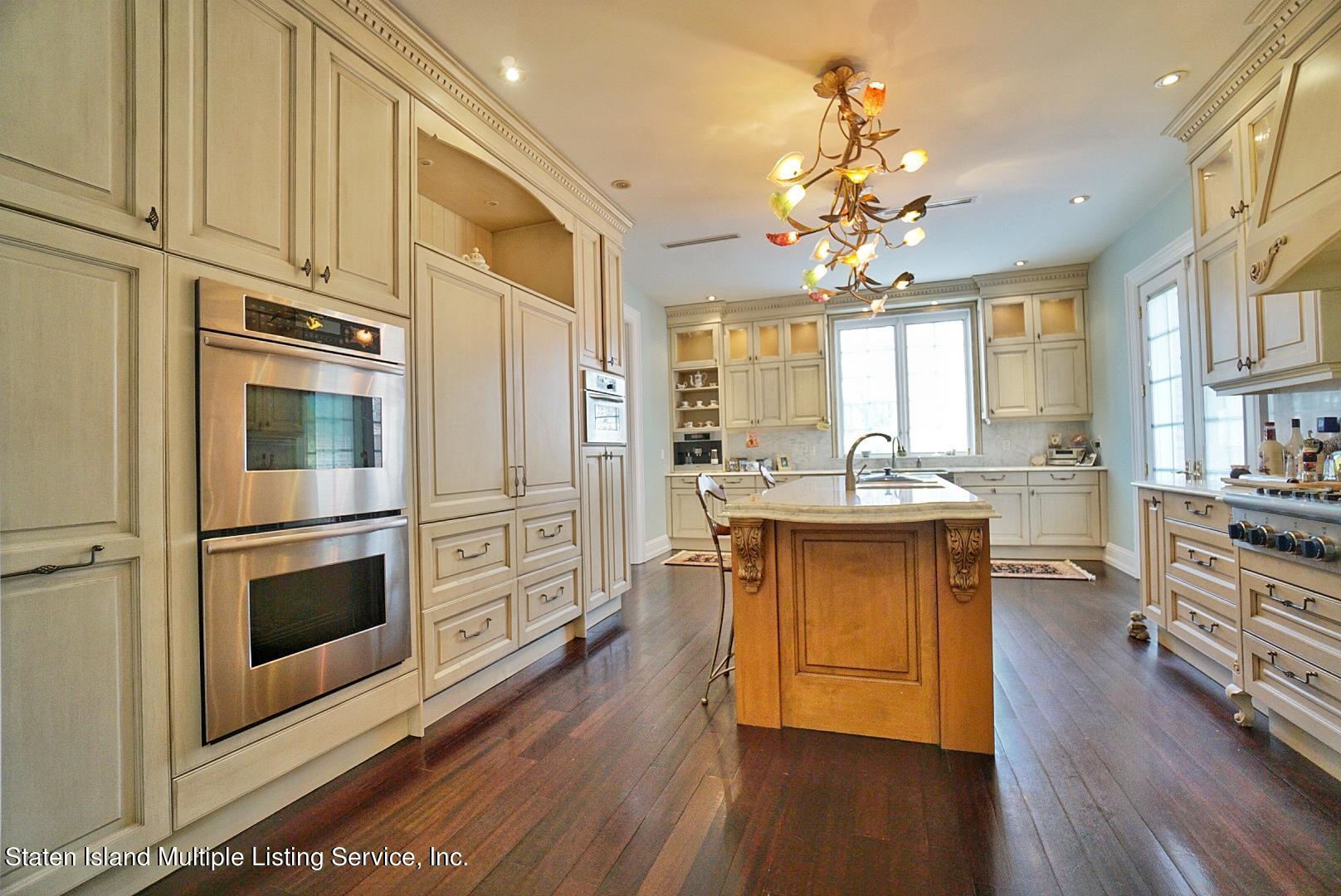 Single Family - Detached 129 Coverly Avenue   Staten Island, NY 10301, MLS-1144490-22