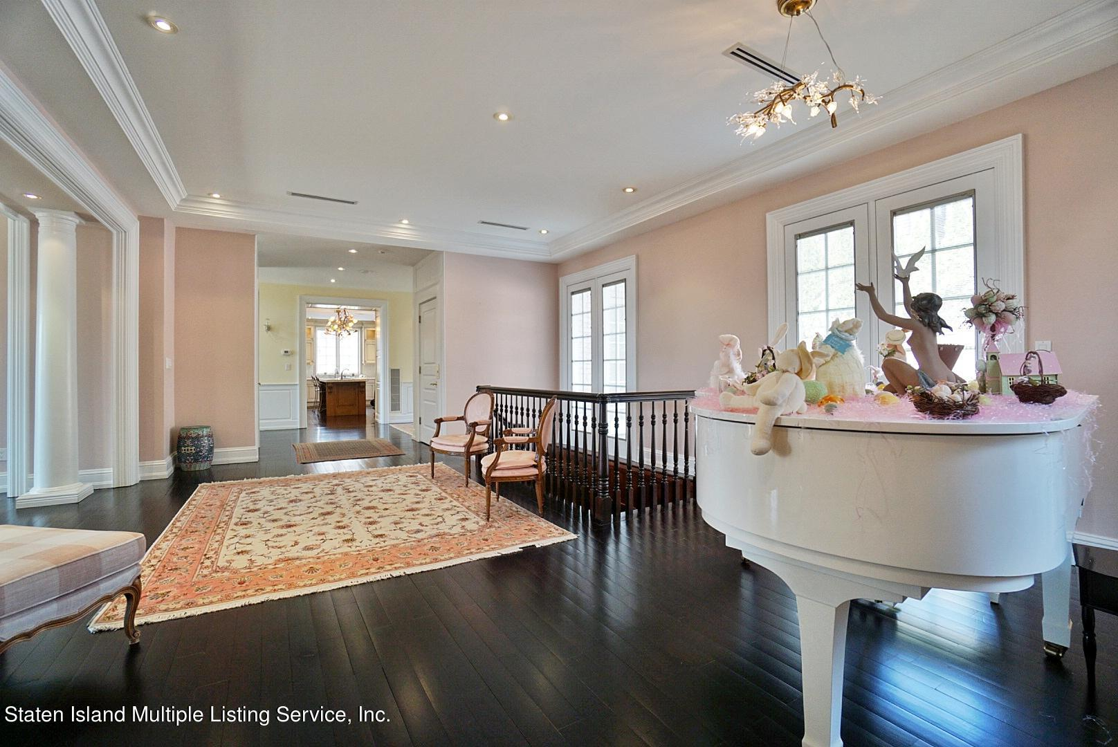 Single Family - Detached 129 Coverly Avenue   Staten Island, NY 10301, MLS-1144490-16