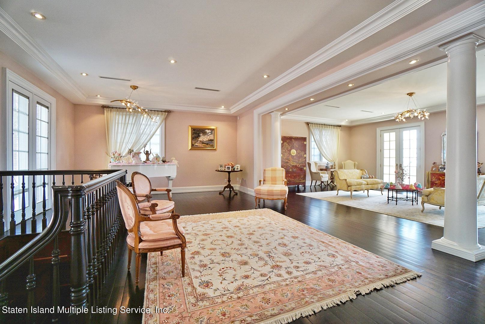 Single Family - Detached 129 Coverly Avenue   Staten Island, NY 10301, MLS-1144490-17