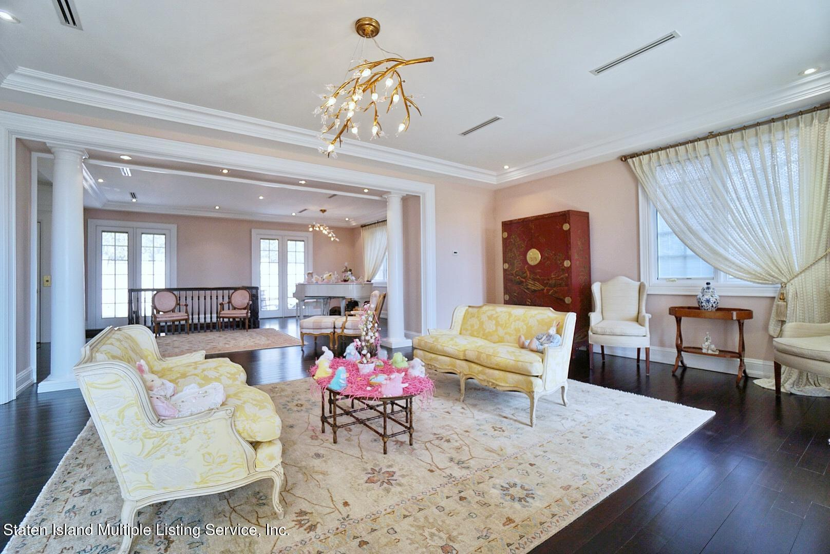 Single Family - Detached 129 Coverly Avenue   Staten Island, NY 10301, MLS-1144490-20