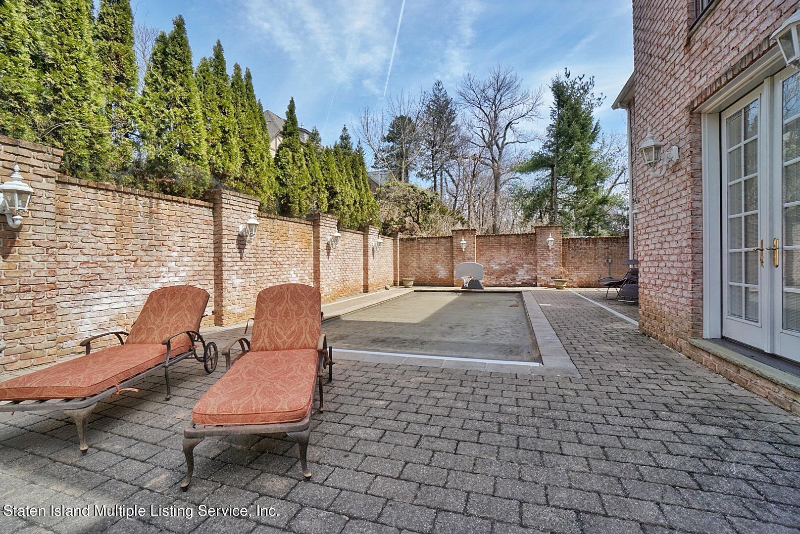 Single Family - Detached 129 Coverly Avenue   Staten Island, NY 10301, MLS-1144490-70