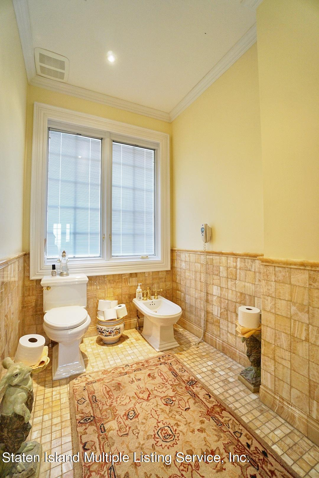 Single Family - Detached 129 Coverly Avenue   Staten Island, NY 10301, MLS-1144490-40
