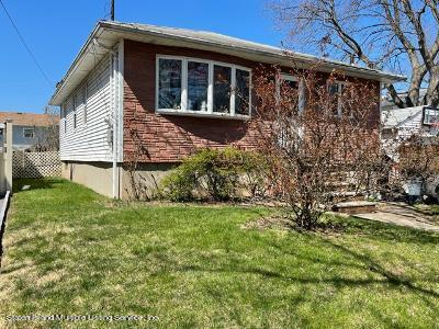 Single Family - Detached 170 Woolley Avenue   Staten Island, NY 10314, MLS-1144036-2