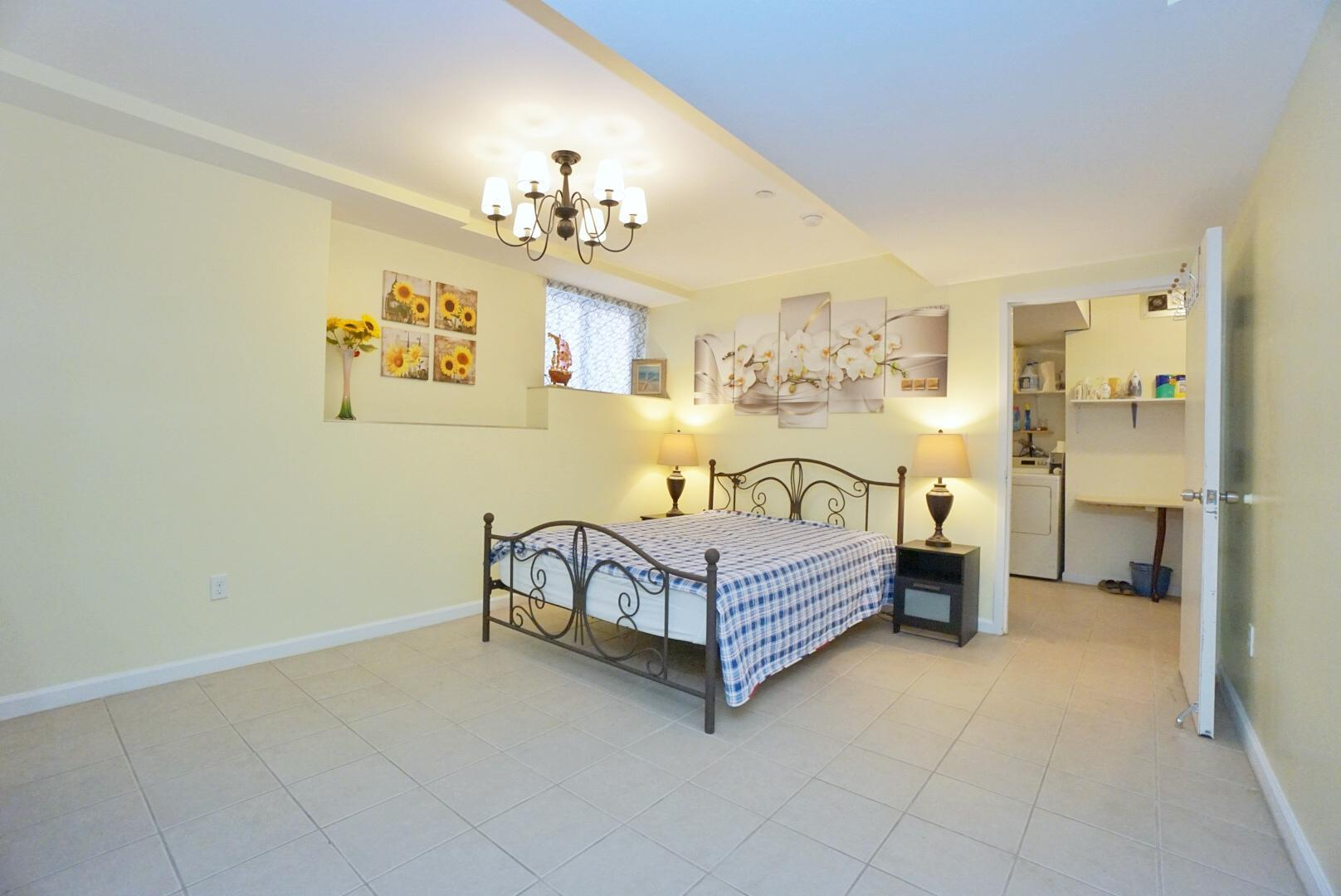 Single Family - Detached 171 Benziger Avenue  Staten Island, NY 10301, MLS-1145235-33