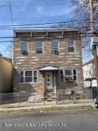 19 Robin Road, Staten Island, NY 10305