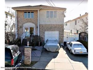 48 Balsam Place, Staten Island, NY 10312