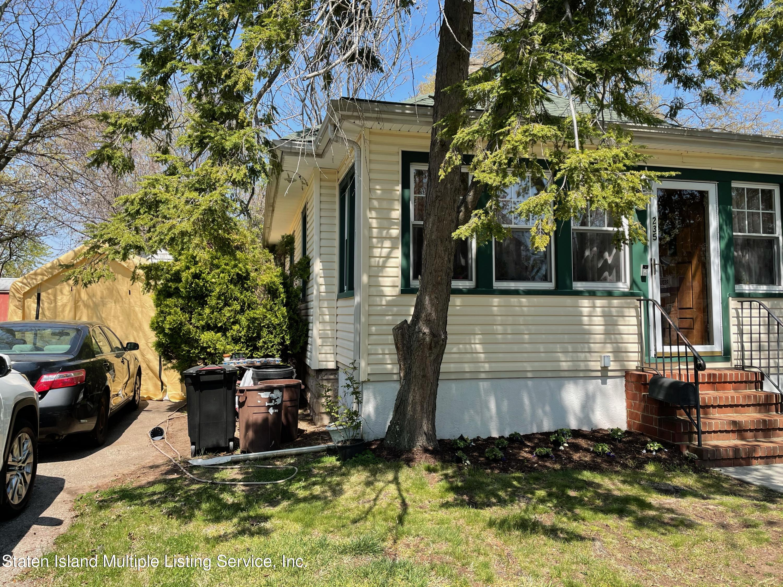 Single Family - Detached 235 Craig Avenue  Staten Island, NY 10307, MLS-1143867-2