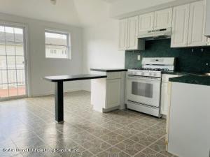 10 Marble Street, Staten Island, NY 10314