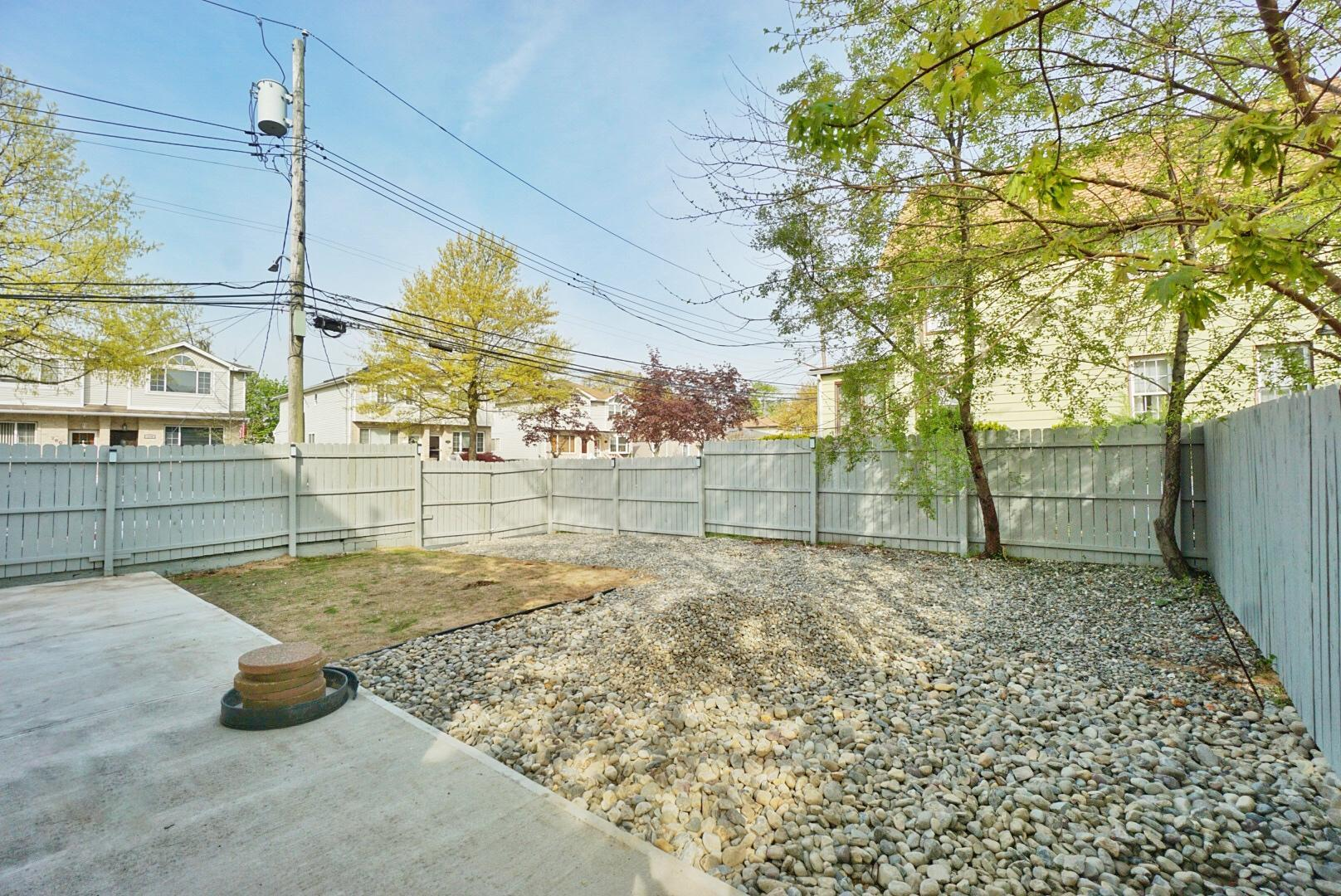 Two Family - Detached 7255 Amboy Road  Staten Island, NY 10307, MLS-1145702-45