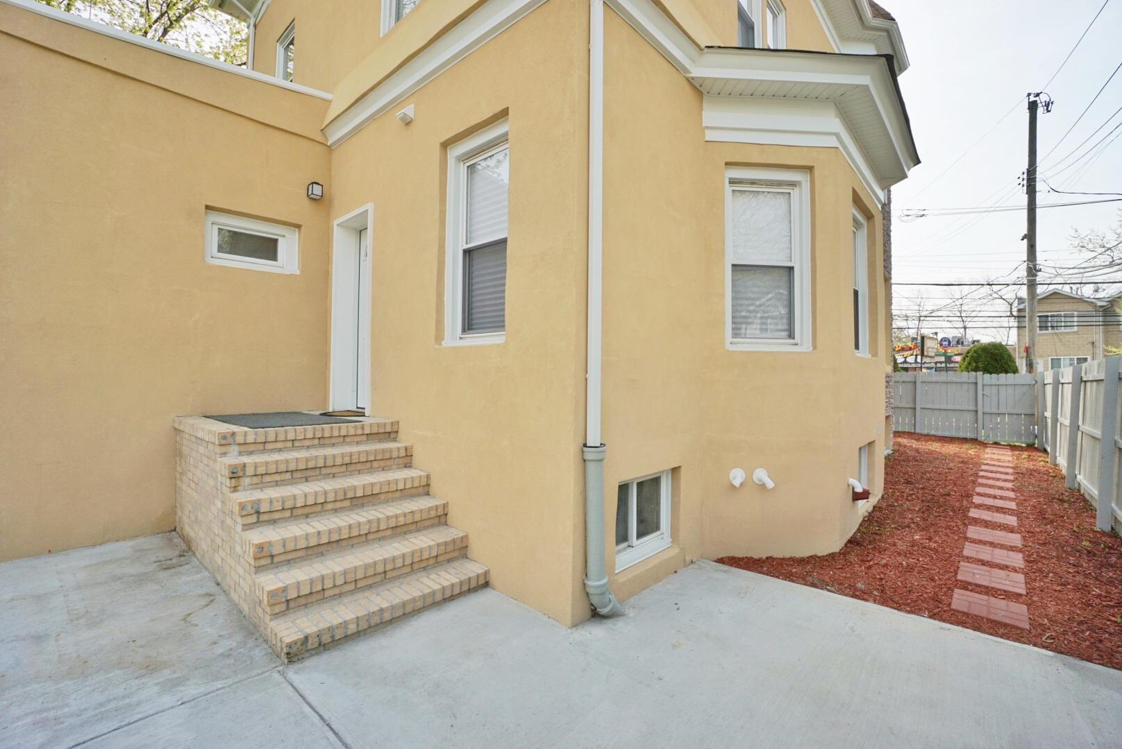 Two Family - Detached 7255 Amboy Road  Staten Island, NY 10307, MLS-1145702-42