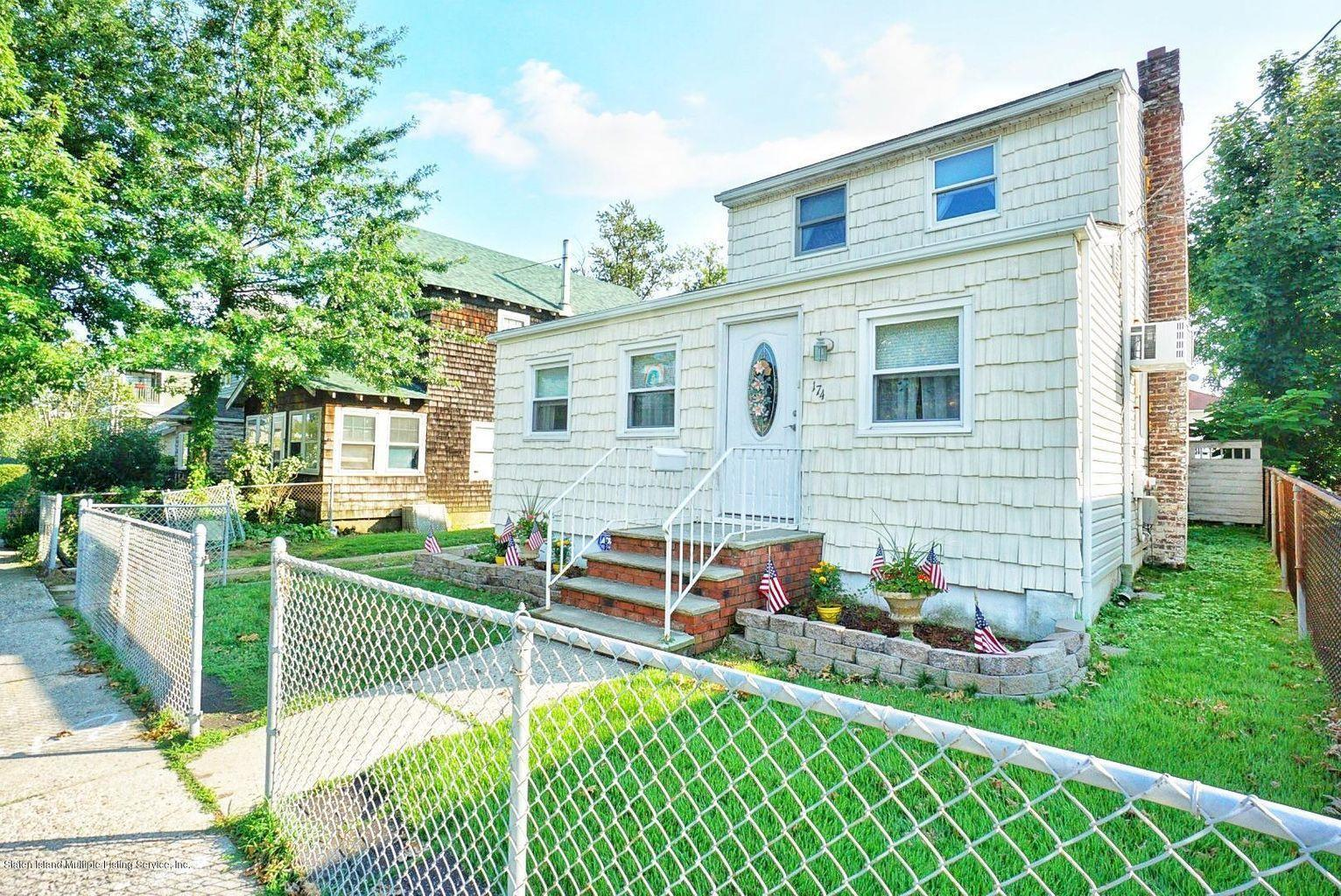 Single Family - Detached in Great Kills - 174 Wiman Avenue  Staten Island, NY 10308