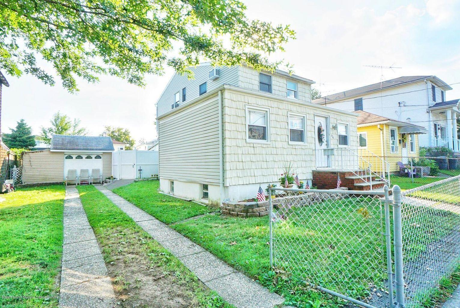Single Family - Detached 174 Wiman Avenue  Staten Island, NY 10308, MLS-1145983-4