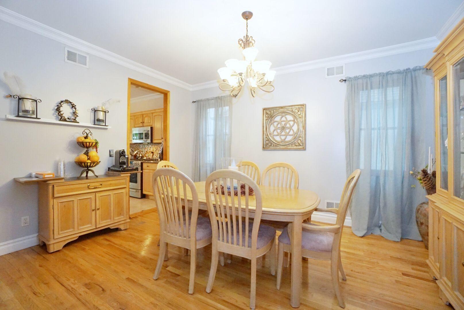 Single Family - Detached 311 Sharrott Avenue  Staten Island, NY 10309, MLS-1146042-12