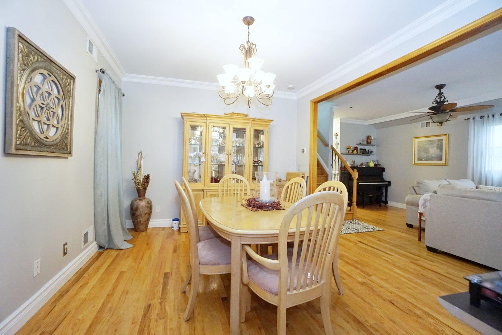 Single Family - Detached 311 Sharrott Avenue  Staten Island, NY 10309, MLS-1146042-13
