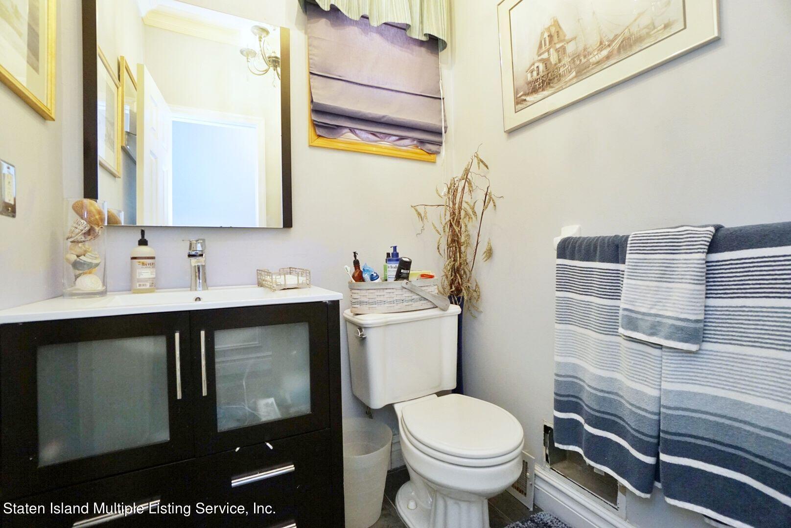 Single Family - Detached 311 Sharrott Avenue  Staten Island, NY 10309, MLS-1146042-25