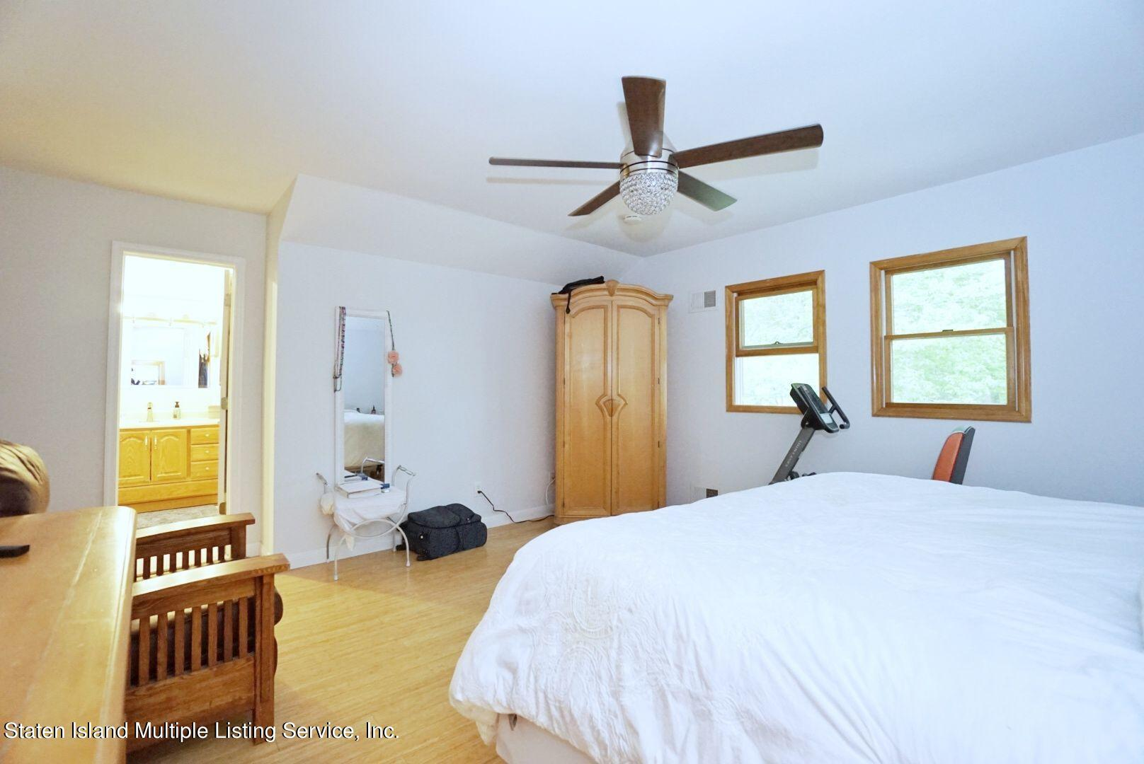 Single Family - Detached 311 Sharrott Avenue  Staten Island, NY 10309, MLS-1146042-40